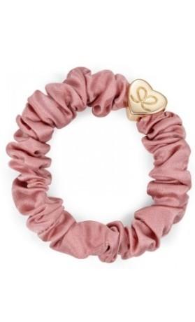 byEloise Gumička Gold Heart Silk Scrunchie Champagne Pink