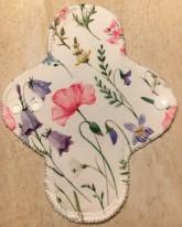 LalaH Intimka látková menstruační vložka prodyšná / malovaná louka (18 cm)