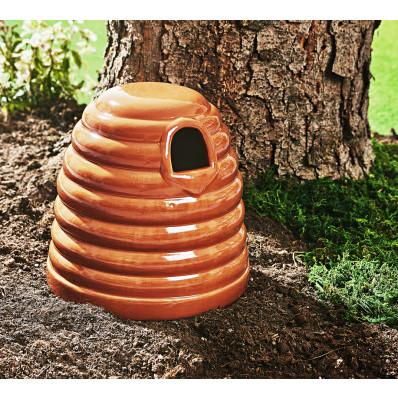 Hniezdo pre čmeliaky