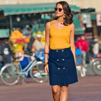 Denimové sukňa s gombíkmi