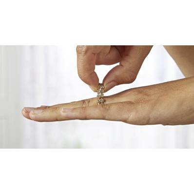 Pružný prsten s kamínky