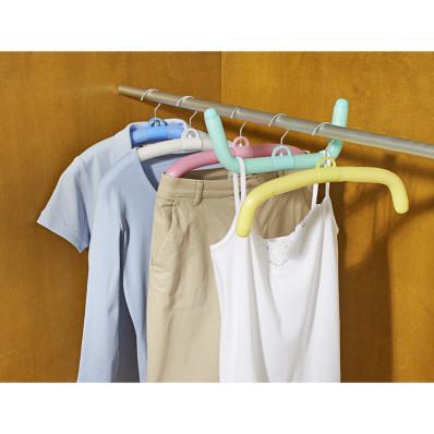 Elastyczne wieszaki na ubrania