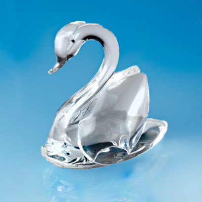 Krištáľová labuť