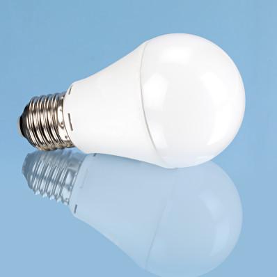 LED žárovka klasického tvaru