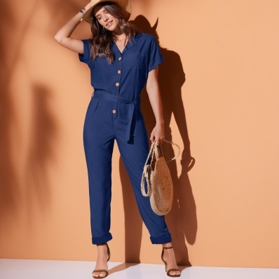 Jednobarevný kalhotový overal s krátkými rukávy