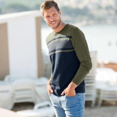Pruhovaný dvoubarevný pulovr