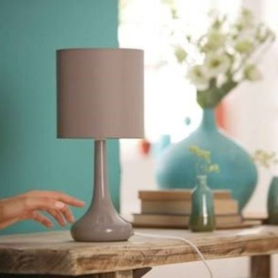 Lampa elektrická dotyková