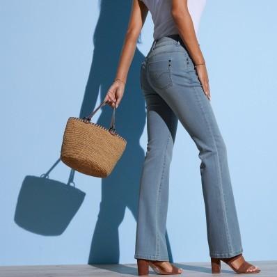 Strečové bootcut džínsy opraného vzhľadu
