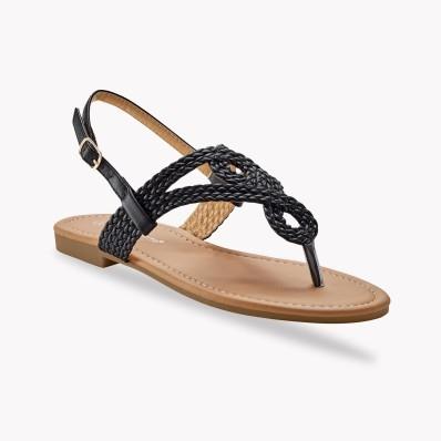 Sandály se splétaným páskem mezi prsty,
