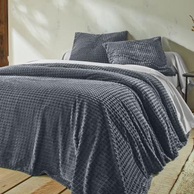 Prikrývka na posteľ so zamatovým vzhľado