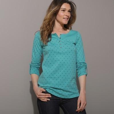 Tričko s tuniským výstrihom, s bodkami