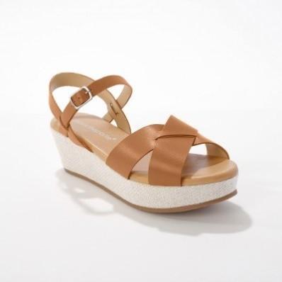 Kožené sandály na platformě, karamelové