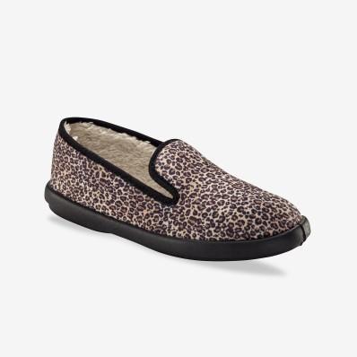Papuče s imitáciou kožušiny s leopardím vzorom