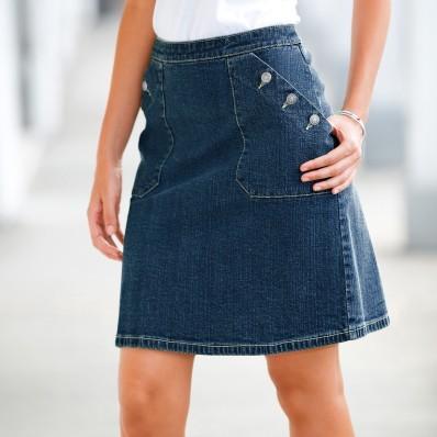 Džínová sukně s knoflíkovými kapsami