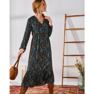 Dlouhé šaty s volánem a potiskem