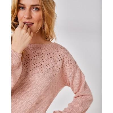 Ažurový pulovr s lodičkovým výstřihem