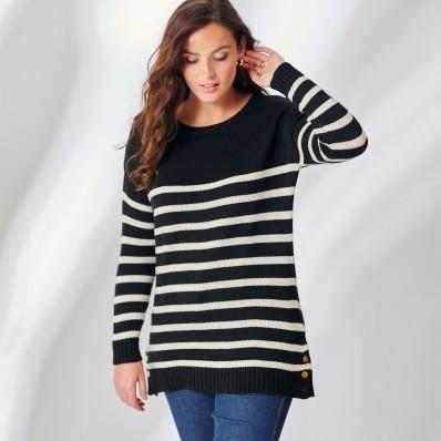 Pruhovaný pulovr s knoflíky na rameni