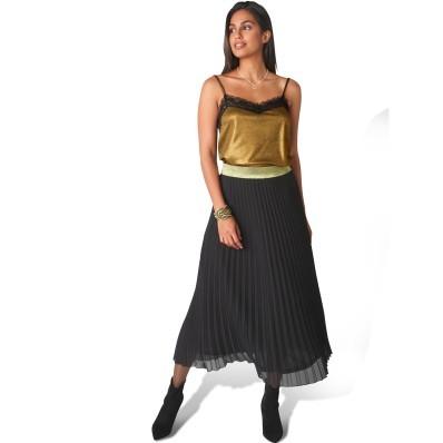 Plisovaná sukně se zlatým pasem