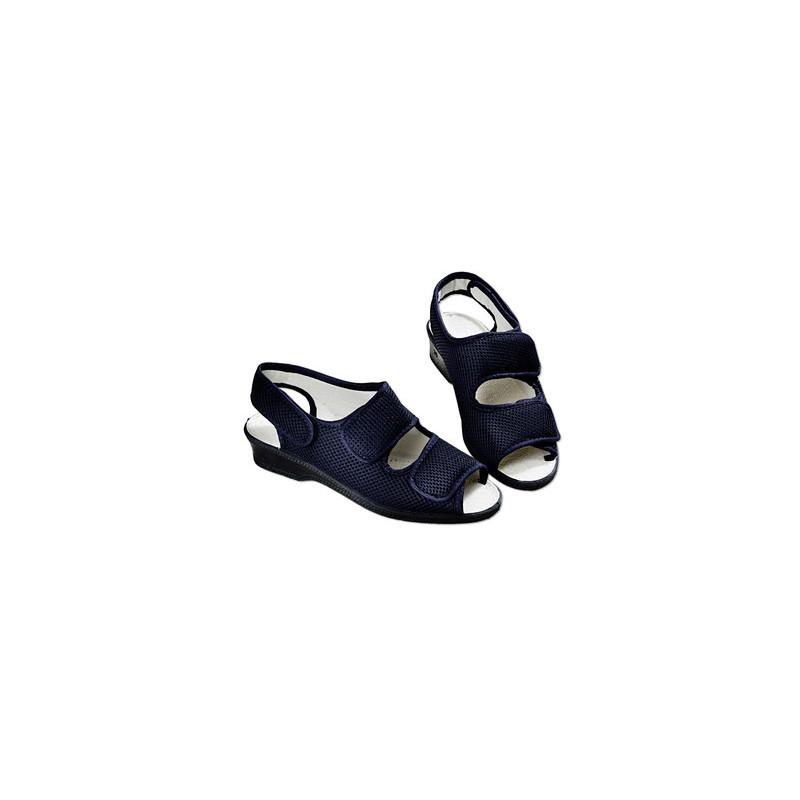 Sandále na suchý zips, čierna