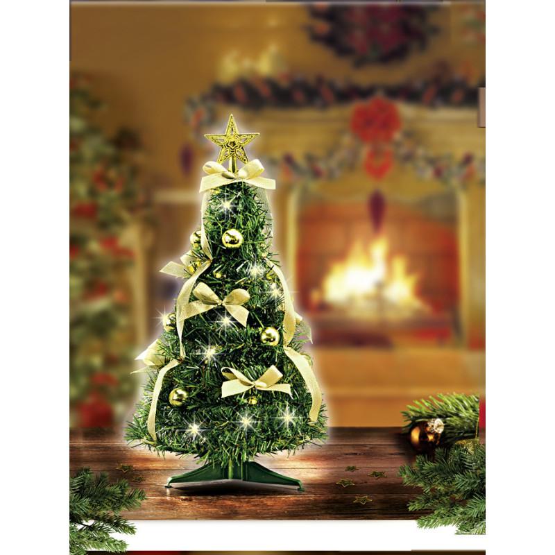 Vánoční stromeček s osvětlením onerror=