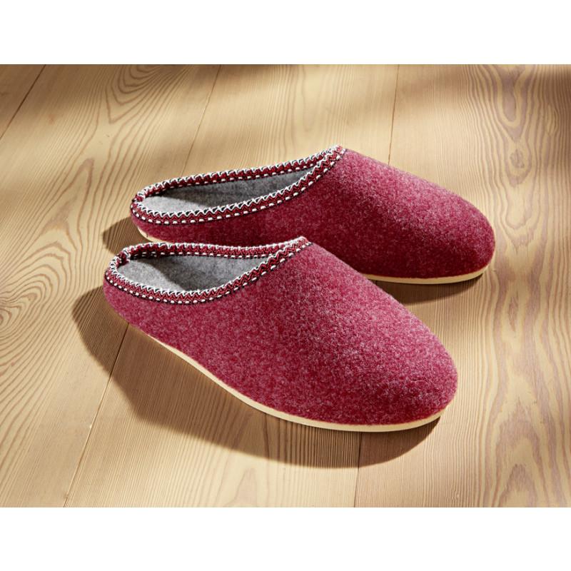 Pantofle dámské onerror=