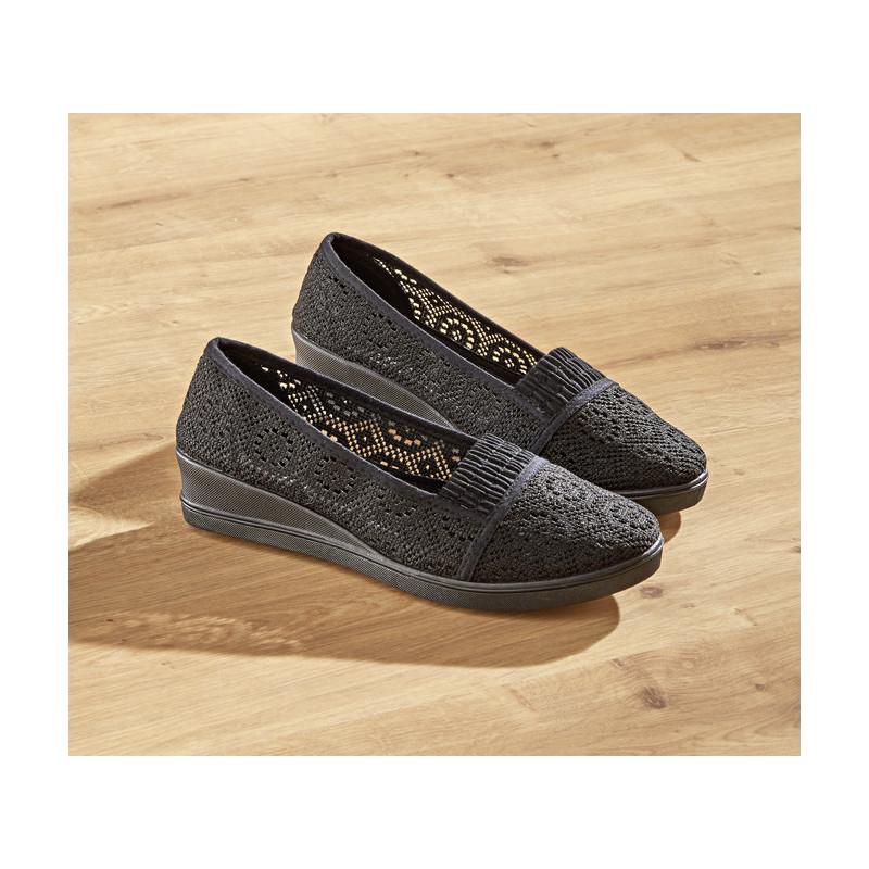 Materiałowe buty Sara onerror=