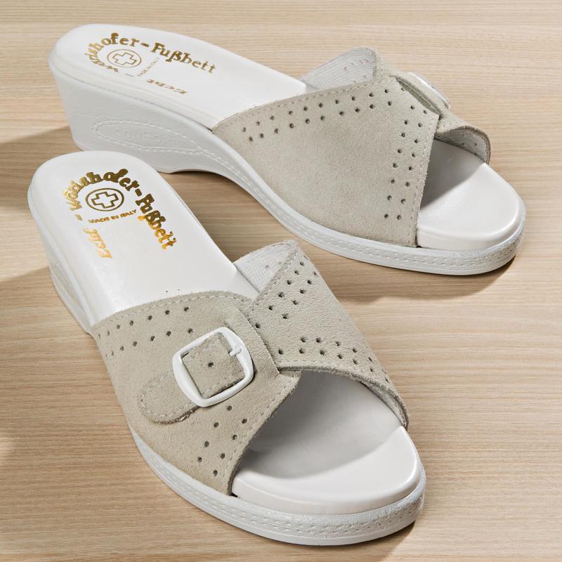 Pantofle Elli onerror=