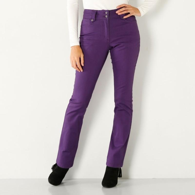 Rovné nohavice s vysokým sťahujúcim pásom
