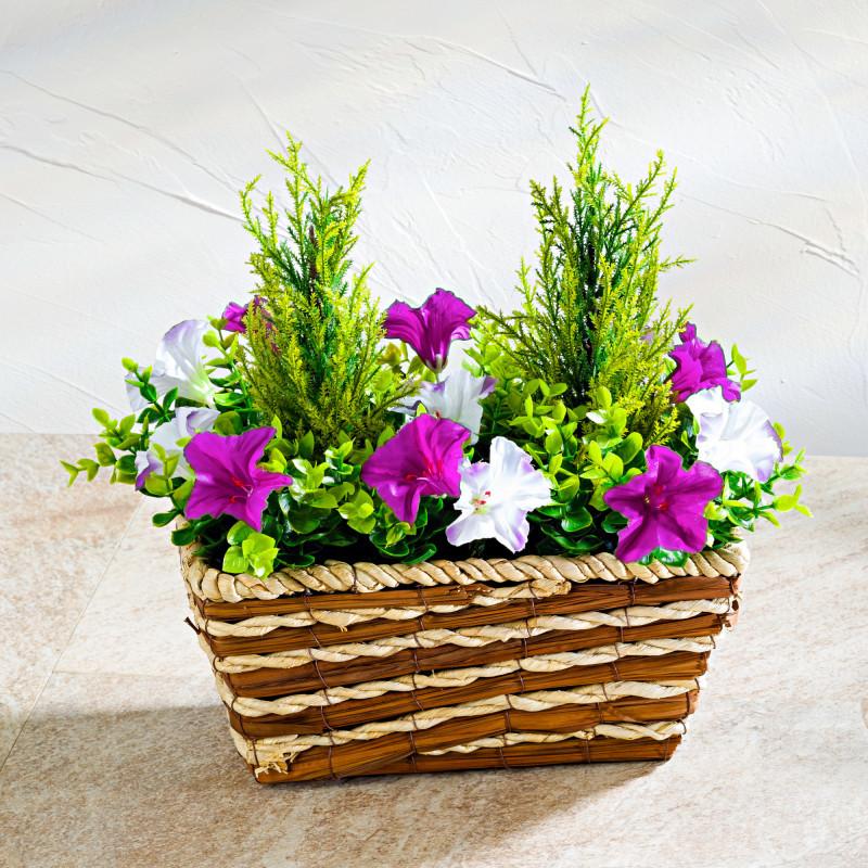 Koszyk z petuniami onerror=