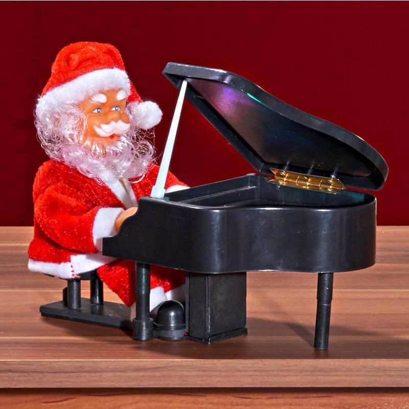 Santa Claus za klavírom