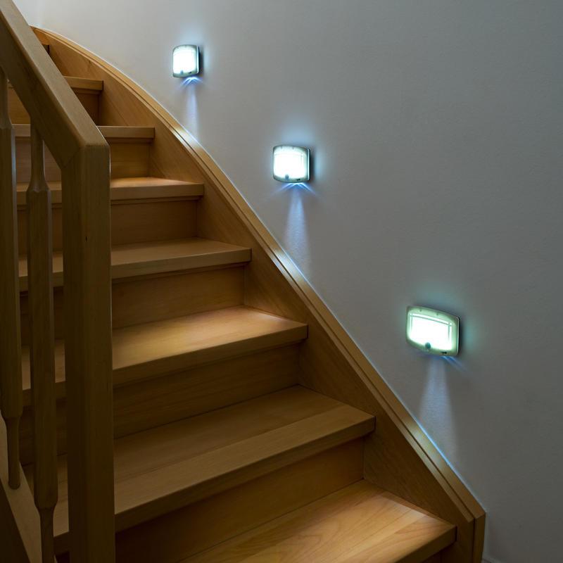 LED schodišťové světlo onerror=