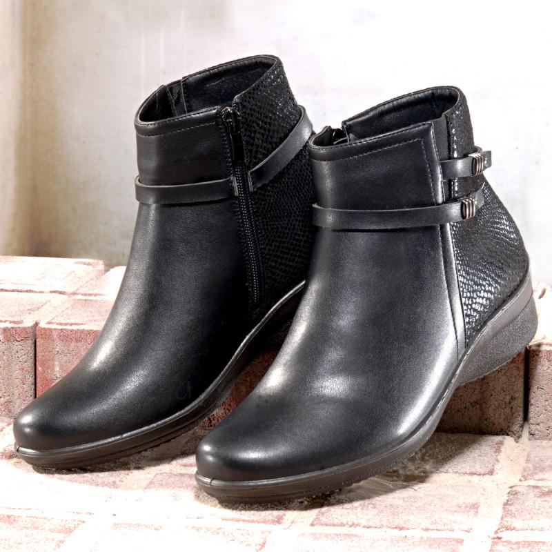 Kotníkové boty Ela