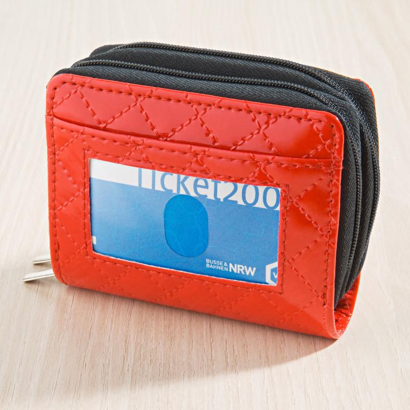 Peněženka, červená onerror=