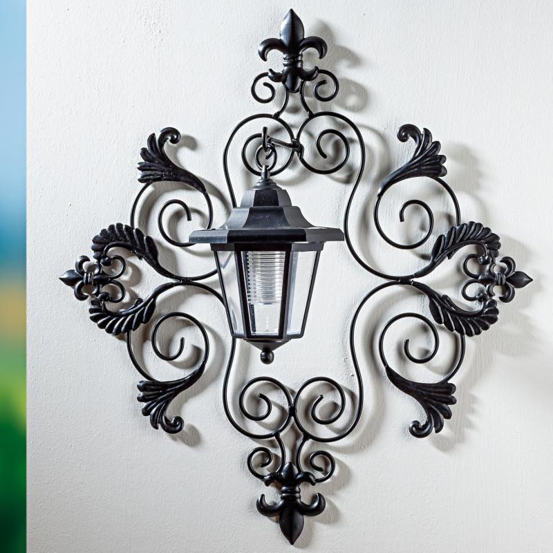 Solárny nástenný lampáš