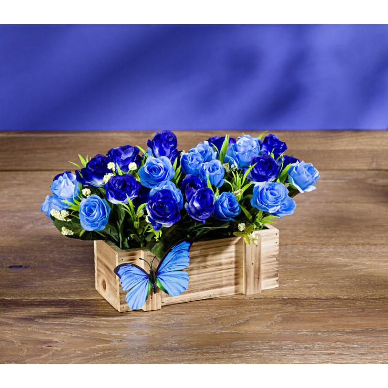 Kvetináč s modrými ružami