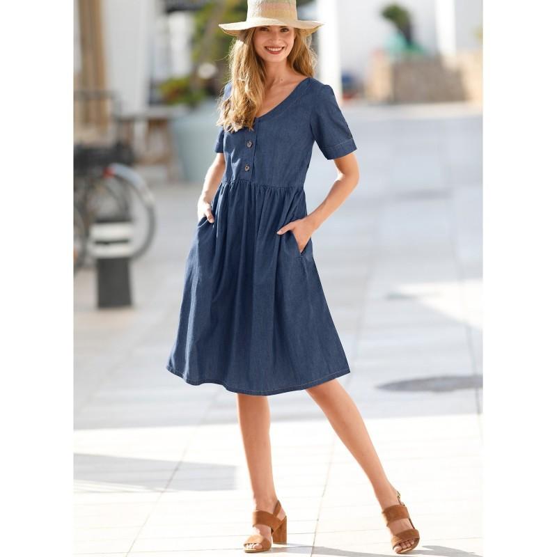 Sukienka dżinsowa z guzikami onerror=