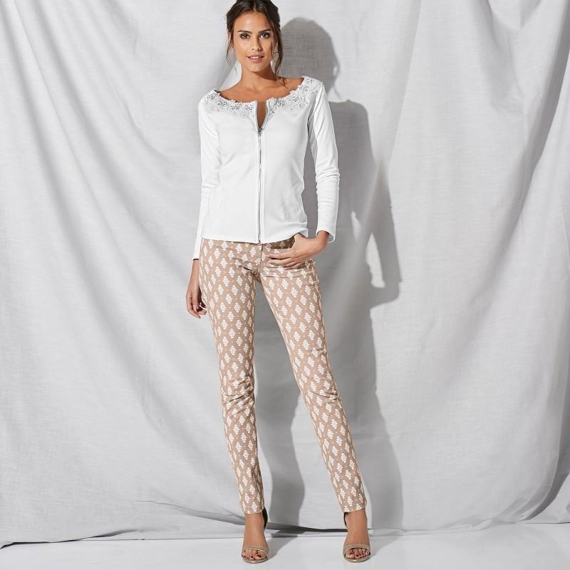 Spodnie z nadrukiem onerror=