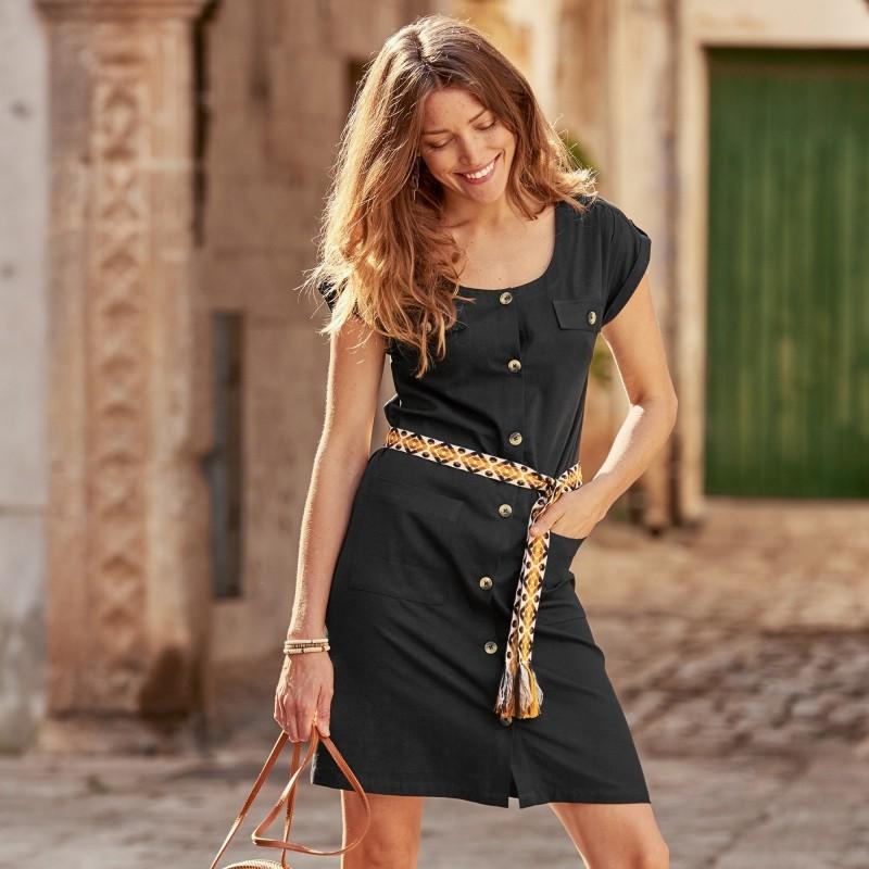 Sukienka z guzikami onerror=