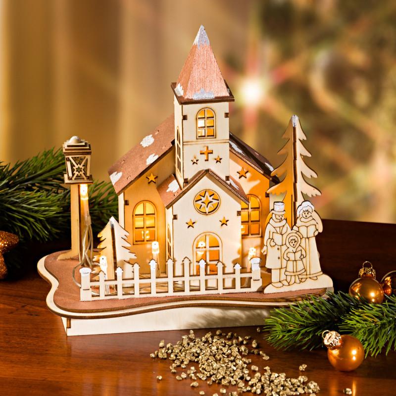 LED drevený domček