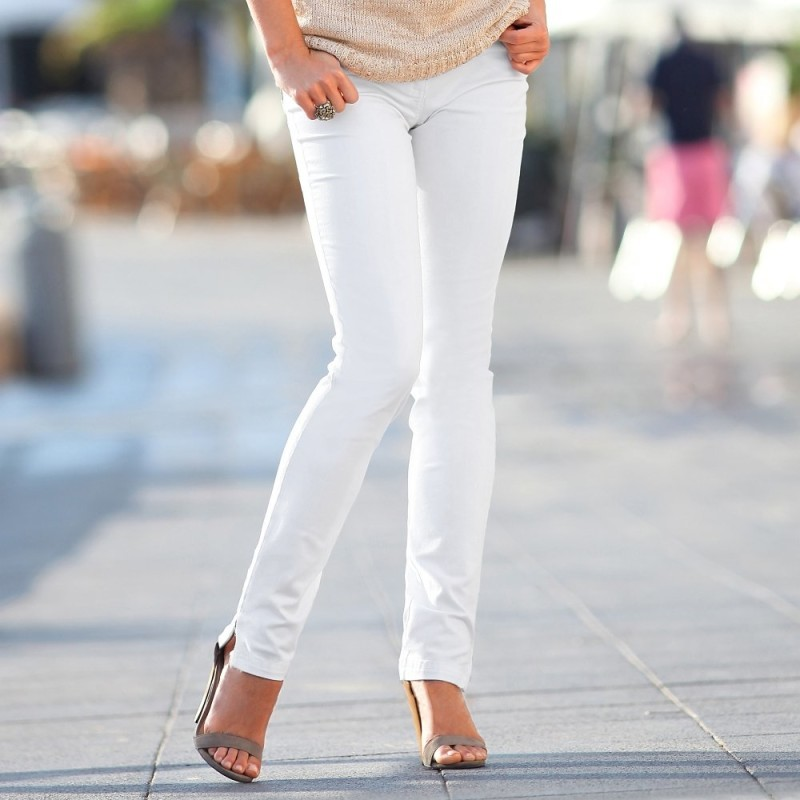 Rovné kalhoty se zlatými vsadkami