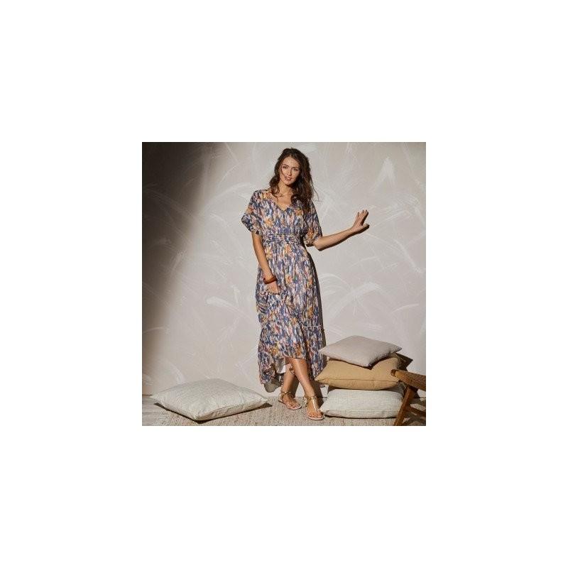 Dlhé šaty so žabkovaním a potlačou