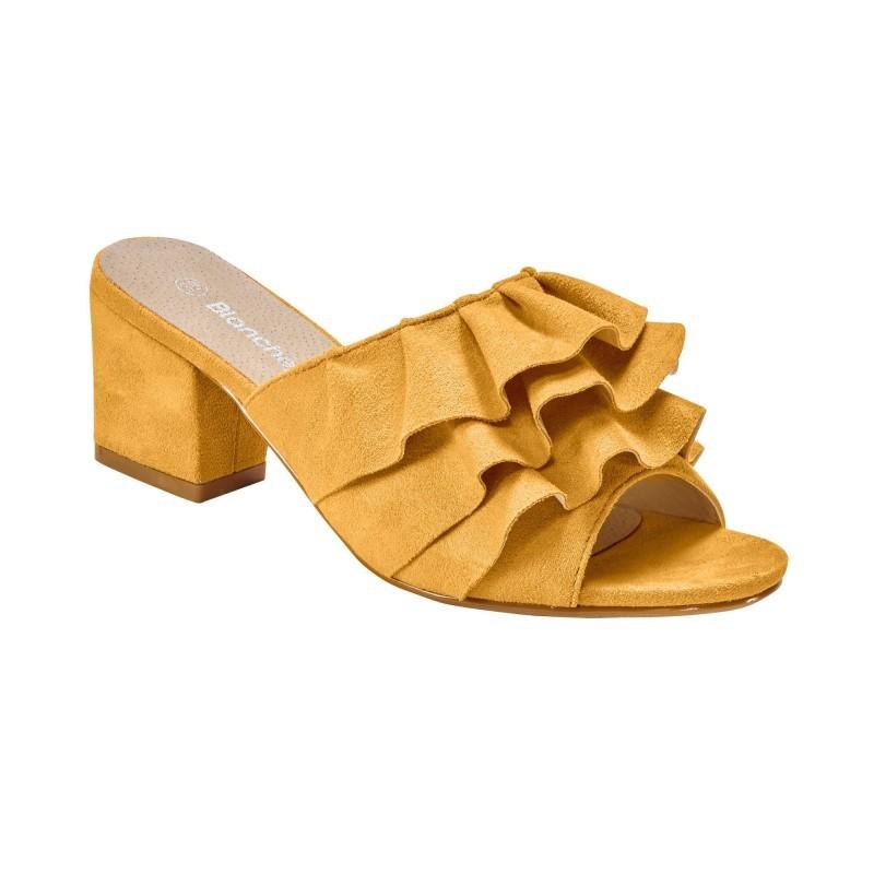 Pantofle s volánky