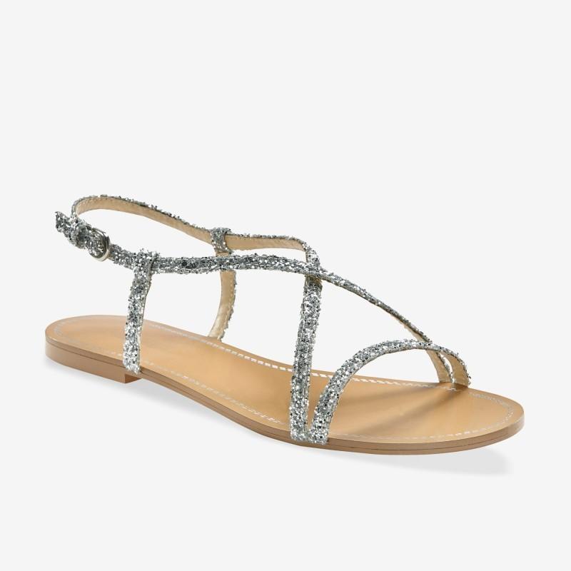 Trblietavé páskové sandále