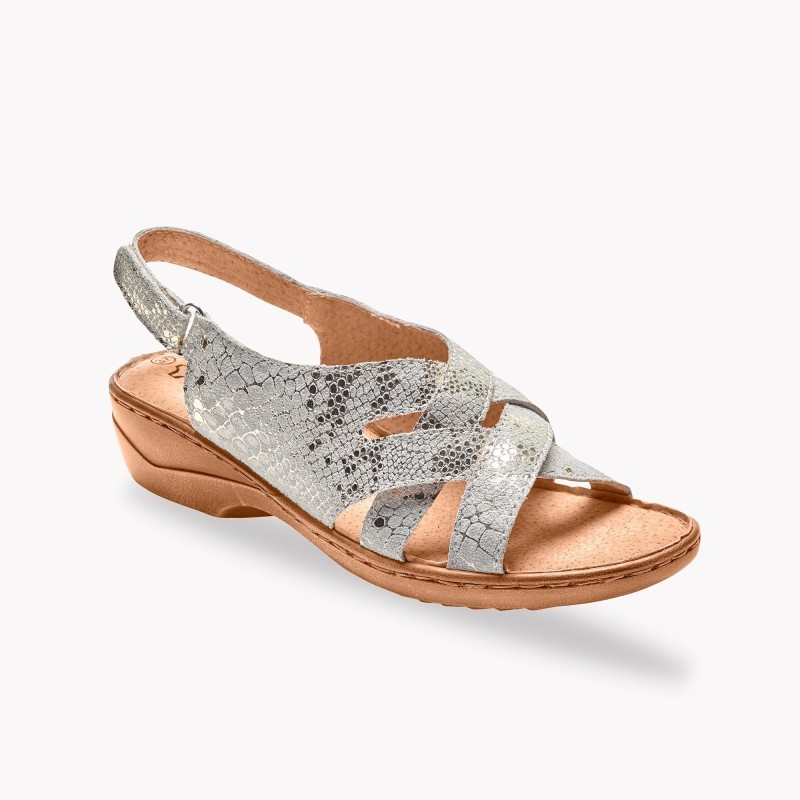Proplétané sandály z kůže