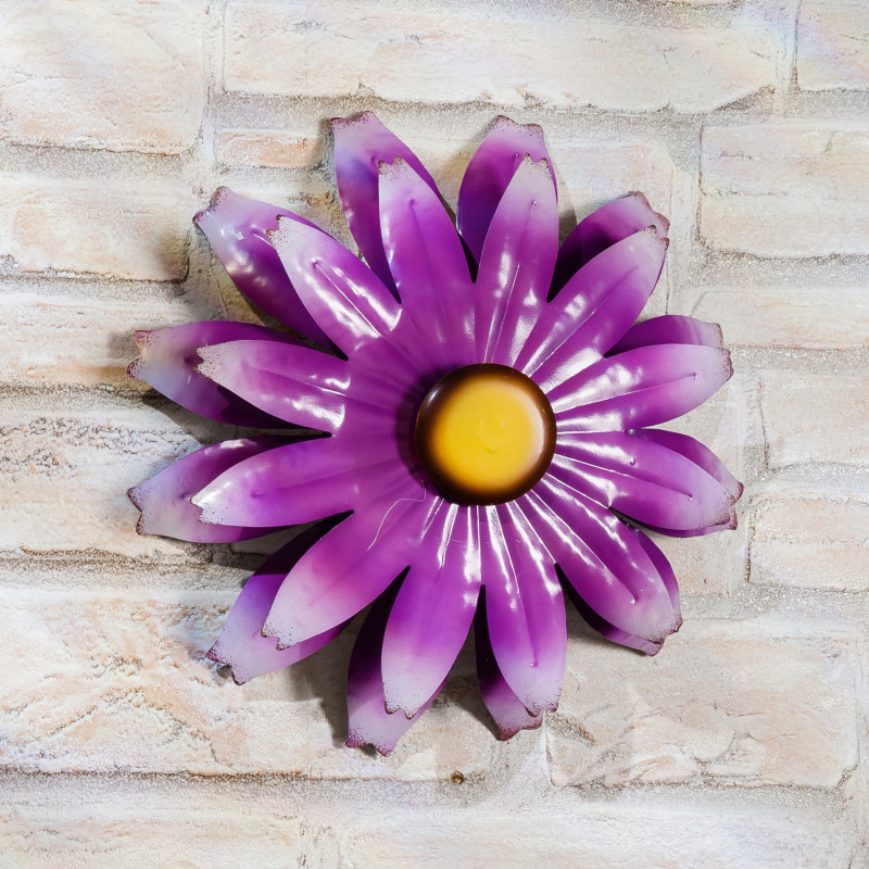 Kvetina na stenu