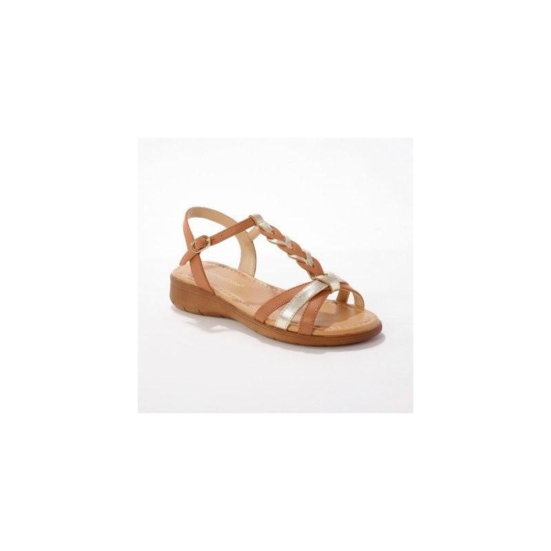 Kožené sandály se splétaným páskem, karamelové