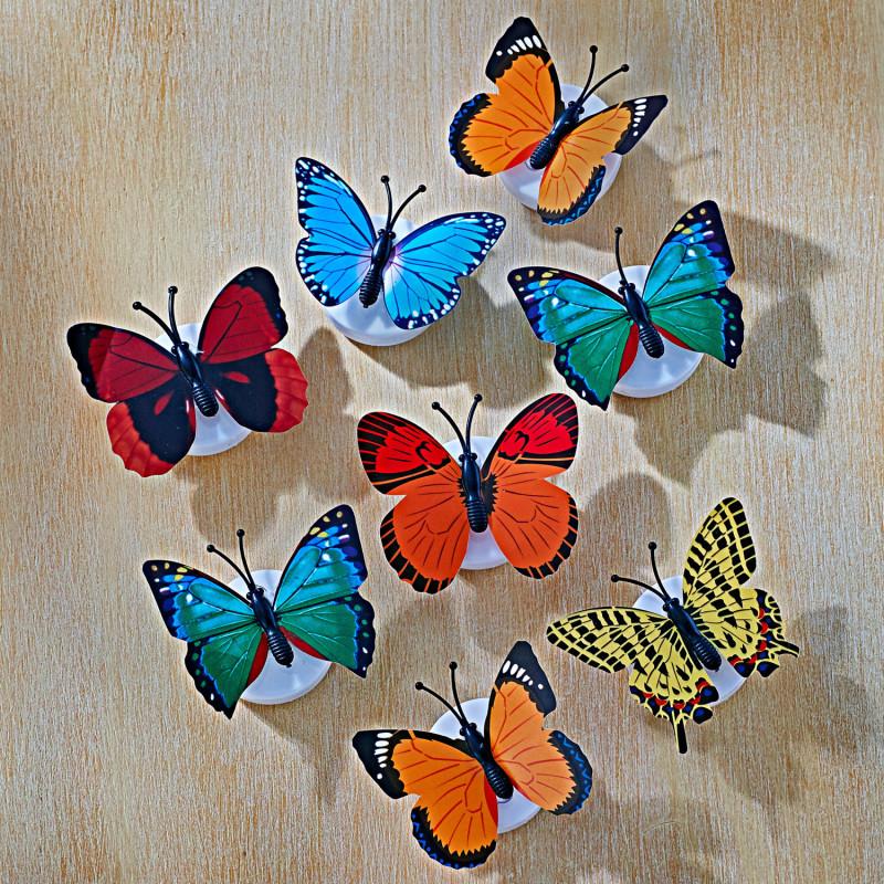 8 LED motýľov