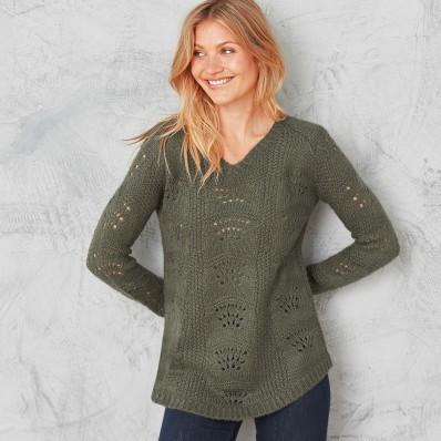 Ažurový pulovr s výstřihem do