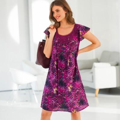 Šaty s tropickým vzorem, macramé výstřih