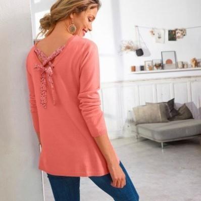 Jednofarebný pulóver so šnurovaním na chrbte, minimalistický dizajn
